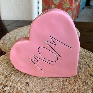 "Rae Dunn Pink Heart ""Mom""Plaque NWT"